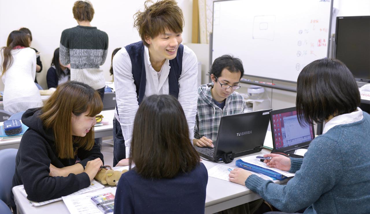 仁愛女子高等学校「福井鉄道 福武線 仁愛女子高校駅」